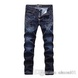 Argentina Los hombres desgastaron los pantalones vaqueros rasgados Diseñador de moda Pantalones vaqueros de la motocicleta causales pantalones de mezclilla estilo Streetwear para hombre Jeans envío gratis SQL03 Suministro