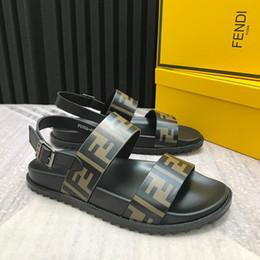 Super pantoffeln online-2020 neue männer sommer designer strand indoor flache schuhe marke herren super star sandalen hause hausschuhe größe 38-45