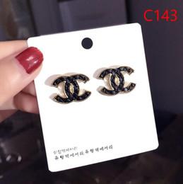 2019 corea 14k de oro Borla de lujo Nuevo Top Brand Designer Stud Pendientes Letras Ear Stud Earring Accesorios de joyería para mujeres Regalo de boda gratis 6231
