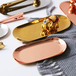 specchietti dello specchio all'ingrosso Sconti ins New 2019 Vassoio portaoggetti in metallo colorato Piatto ovale punteggiato in oro