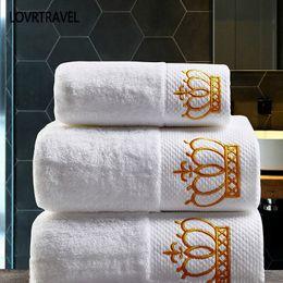 2019 saugfähiges badetuch Bestickte Imperial Crown Baumwolle Weiß Hotel Handtuch Set Gesicht Handtücher Badetücher für Erwachsene Waschlappen saugfähigen Handtuch rabatt saugfähiges badetuch