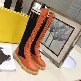 Canada 2018 designer de luxe bottes au genou en cuir de veau tricoté épissure chaussures de haute qualité avec la taille de la boîte 35-40 cheap knee luxury boots Offre