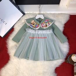 Muñecas chinas online-Las niñas de otoño visten ropa de diseñador para niños Vestidos de diseño de cuello de muñeca de estilo chino Vestido de algodón de moda