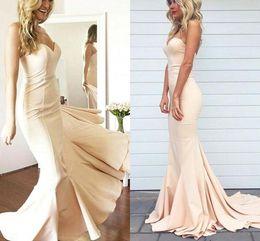 2019 robes élégantes couleur nude Robes de bal 2018 élégantes simples Sexy chérie hors épaule robes de soirée de sirène nude couleur plus la taille sur mesure robes faites la fête robes élégantes couleur nude pas cher