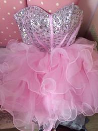 Deutschland Maßgeschneiderte Plus Size Design Qualität trägerlose rosafarbene Partei-Kleid Illusion Prinzessin rotes Kleid schnüren sie oben rückseitiges Schliessen Versorgung
