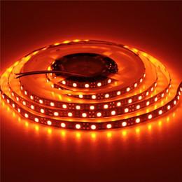 Lampara led naranja online-DC12V 3528/5050 SMD 60led / m 120led / m tira de LED de color naranja Led luz de tira flexible Luz LED de ámbar Cinta blanca Iluminación de lámpara negra