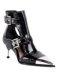a1f2f69093 Mulheres apontou-toe preto sandálias de salto alto couro genuíno fivela  mulheres Sexy stiletto botas de salto partido T-stage passarela sapatos