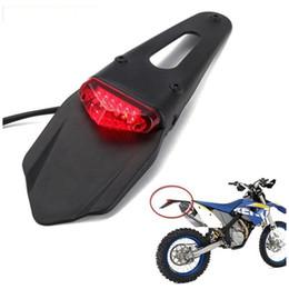 Luci della bici di sporcizia online-Fanalino posteriore LED per moto Parafango posteriore universale Parafango posteriore posteriore Splash Guard Motocross Dirt Bike HHA84