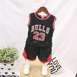 2019 menino calça jeans Criança menino roupas de verão crianças s basquete uniforme meninos do bebê agasalho 2 pcs conjunto crianças meninos roupas esportivas set colete calças curtas outfit