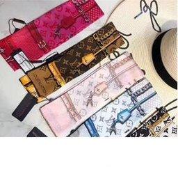 capa de seda rosa Desconto faixa de cabelo da moda para homens Designer e as mulheres do lenço da marca cachecol curva de seda alça saco de moda fita bindin