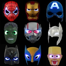 Ha portato la maschera del bambino online-Hero Figure Party Mask LED Flash Mask Bambini Halloween Illuminazione incandescente Cosplay Antman Spiderman Maschere da festa