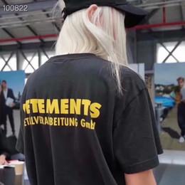 2019 luxus europa frankreich hohe qualität vetements zurück gelb worte t-shirt mode mens designer t shirts frauen kleidung casual baumwolle t von Fabrikanten