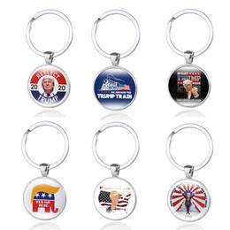 Держатель флага автомобиля онлайн-Свободный DHL Donald Trump 2020 Keychains 6 Стили президент Time Gem Flag Key Ring Металл переизбрать Keyrings Подвеска автомобиля держатель ключа ювелирных изделий M864F
