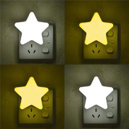 2020 plugues do coração Estrela, Noite, sensor de luz Plug In Light Sensor UE / US plug Luminaire lâmpada LED Nightlight Crianças Quarto Quadrados Coração 110V 220V desconto plugues do coração