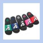 Lindas zapatillas de oso online-Zapatillas de diseñador para niños 2019 Zapatillas de verano de lujo de dibujos animados Cute Bear Zapatillas de mujer Inicio Baño antideslizante Zapatillas de padres e hijos Zapatillas de playa