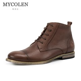 2019 scarpe da uomo inverno MYCOLEN Marca Hot nuovi Tenere in pelle inverno stivali da uomo di alta qualità caldo antiusura pattini casuali di lavoro Moda Uomo sconti scarpe da uomo inverno
