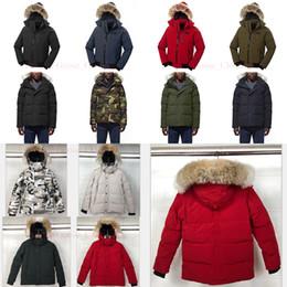 Jaqueta de inverno quente on-line-Lobo Fur Homens Winter Designer Jacket luxo Jacket Goose Down Norte Parka Casaco bombardeiro dos homens do soprador Coats quente ao ar livre Windbreaker Doudoune E1