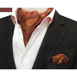 2019 cravate paisley ascot Mens Business Paisley Floral Ascot Cravate  Cravate Mouchoir Pochette De Poche Ensemble 062ac9afb44