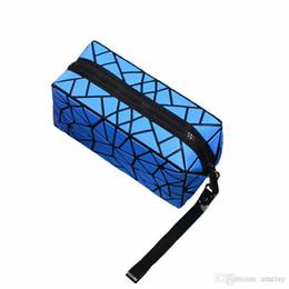 2019 dobra sacos por atacado Nova Geométrica Zipper maquiagem Bag Mulheres Luminosa Maquiagem Bag Ladies Cosméticos Organizador Folding Viagem Make Up Bag atacado dobra sacos por atacado barato