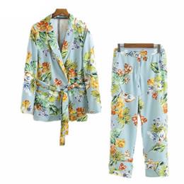 Il modello di fiore ansima lo stile online-Primavera Autunno 2019 Vestito delle donne in stile europeo Ladies Flower Pattern Blu Blazer e pantaloni 2 pezzi Casual stampa due pezzi Set