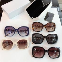 [Vision des yeux] gros nouveau sac rétro fleur diamant femme lunettes de soleil authentiques gros lunettes de soleil produits de Guangzhou ? partir de fabricateur