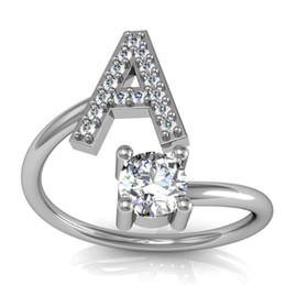 Iniziali di diamanti online-Adatti l'anello personalizzato personalizzato dell'argento 925 dell'anello di alfabeto A-Z 26 degli anelli di diamante della lettera per i monili di fascino degli uomini delle donne che spedice liberamente