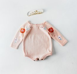 6d8d66a801577 INS Infant enfants pull barboteuse bébé filles broderie floral combinaisons  tricotées 2019 printemps nouveau bébé col rond manches longues barboteuse  F2900