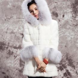 abrigos de invierno de piel Rebajas Abrigo de piel blanco invierno de nueva mujer con capucha de piel con capucha Conejo chaqueta larga y cálida