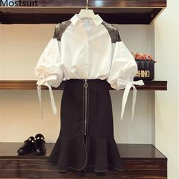 Trajes de faldas coreanas online-Conjuntos de dos piezas de primavera y verano, camisa de lazo de talla grande para mujer y conjuntos de falda de sirena de cintura alta, trajes de oficina, conjunto de mujer elegante coreana