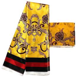 2020 telas con estampado de cera al por mayor Venta al por mayor tela de seda imitada tela de impresión africana tela africana mejor calidad nigeriana Ankara telas impresiones de cera africana telas con estampado de cera al por mayor baratos