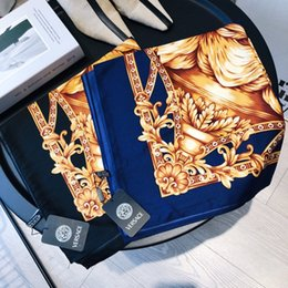Canada Marque foulard en soie pour les femmes 2019 printemps designer cheval longues écharpes wrap avec étiquette 130x130cm châles Offre