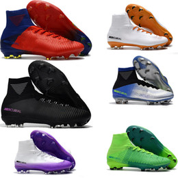 Superfly mercurial de qualité supérieure en Ligne-Original Black CR7 Football Boots Mercurial Superfly V FG Soccer Shoes C Ronaldo 7 Top Quality Silver Mens Soccer Cleats