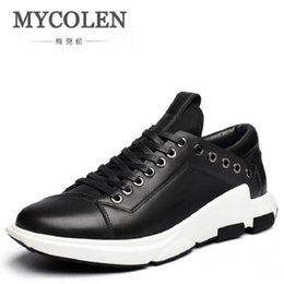 MYCOLEN New 2019 Men Leather Shoes Casual Fashion Winter Brand Ankle Boots  Lace Up Men Shoes Footwear Tenis Masculino Adulto 1095511c4d8