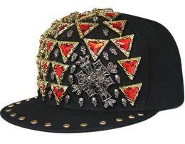 Acquistare i berretti online-Acquista cappellini da baseball online con rivetti a diamante Cappelli hip-hop Designer Snapbacks Acquista cappelli di snapback con cappucci freddi personalizzati