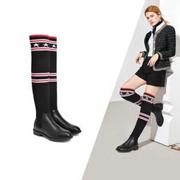 Fundas de cuero para botas online-2019 más populares estrellas de la marca europea y americana estrellas botas de cuero botas de calcetines de punto de rodilla de las mujeres de la manga larga de la manga delgada de la pierna gruesa h