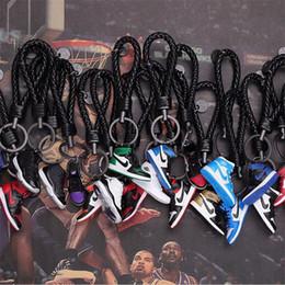 2019 hombre cuello cadena nuevo diseño 3D zapatilla de deporte de los zapatos de marca llaveros Co-Conjunto llaveros Concesiones accesorios para el teléfono celular de la carpeta Bolsas Mochila 24 colores
