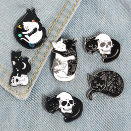 camisa do gato punk Desconto Bruxa místico Cat Esmalte Pin da lua e estrelas do gato broche alfinetes de lapela Denim Jeans shirt do presente Jewelry Bolsa Punk para os amigos