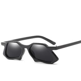 gafas de sol de ojo de gato pequeño Rebajas Alta gama para damas personalidad pequeña caja gafas de sol marca diseñador moda cat-eye gafas de sol de múltiples marcos ojos de gatito gafas de sol lentes HD