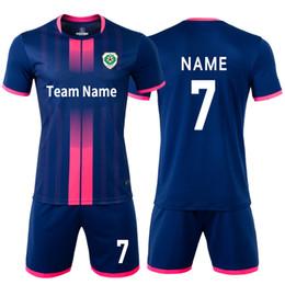 Pantalones cortos de camiseta de fútbol de las niñas online-Niños adultos Camisetas de fútbol Niños y niñas Juegos de ropa de fútbol Manga corta Niños Uniformes de fútbol Camiseta de fútbol Chándal