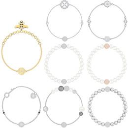 Hebilla de cristal oval online-FAHMI SWA Remix Collection invisible hebilla magnética abeja pulsera de la perla cristalina geométrica libre para que coincida Día de San Valentín colgante