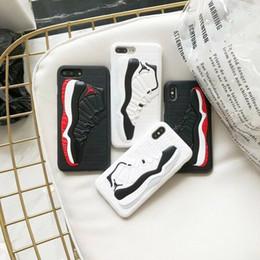 Coperture di iphone di pallacanestro online-Custodia posteriore in silicone opaco per scarpe da basket modello 3D Cover in gomma sintetica per iPhone 6.5 6.1 6s 7 8 plus