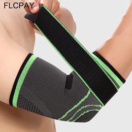 2019 equipamento de tênis 1Pcs Bandage Tennis Elbow Suporte Brace Protector de basquetebol que funciona Voleibol cotovelo Pads Arm Guarda Sports Proteja engrenagem equipamento de tênis barato