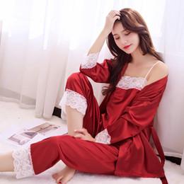 7eb44ef89b24e Style chinois mariée pyjamas pyjamas femmes ensemble de satin 3pcs vêtements  de nuit en dentelle lingerie intime sexy Kimono peignoir robe S703