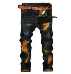 Calça jeans masculina on-line-Moda europeia mens designer Ripped Motociclista JEANS Corredores Para Calças Jeans Masculinos Fit Motociclista Motociclista Hip Hop Mens Jeans / Sem cinto