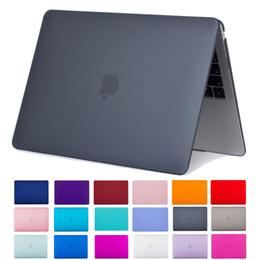 Estuches para macbook 13 pulgadas online-Nuevo MacBook Air de 13 pulgadas Funda 2018 Lanzamiento A1932 Cubierta de cáscara dura mate mate lisa para Apple MacBook Air de 13 pulgadas con pantalla Retina Di