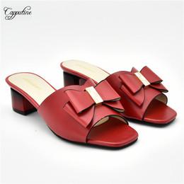 2019 chaussure incroyable Incroyable talon moyen lady pompe chaussures pour soirée 510-7 en rouge, hauteur du talon 5cm, beaucoup de couleur chaussure incroyable pas cher