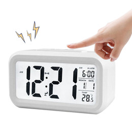 2019 relojes de alarma iluminados BRELONG Mes digital Temperatura Fecha Muestra Snooze Despertador Luz de noche Blanco Negro Rojo Azul Verde relojes de alarma iluminados baratos