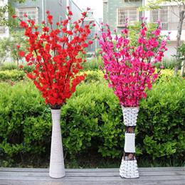 Albero di pesca di pesca online-Artificiale Cherry Blossom Trees Peach Blossom Branch Fiore di seta Casa matrimonio decorativo Fiori plastica Peach Branch
