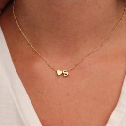 presentes de festa personalizados Desconto Ahmed moda na moda ouro prata nome do coração colar inicial carta personalizado colar de jóias para as mulheres presente da festa de natal