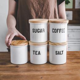 пластиковые пробирки Скидка Фарфоровая эмаль отбортовка запечатанная кастрюля круглая емкость большой емкости для хранения кофе ящик для хранения соли сахара